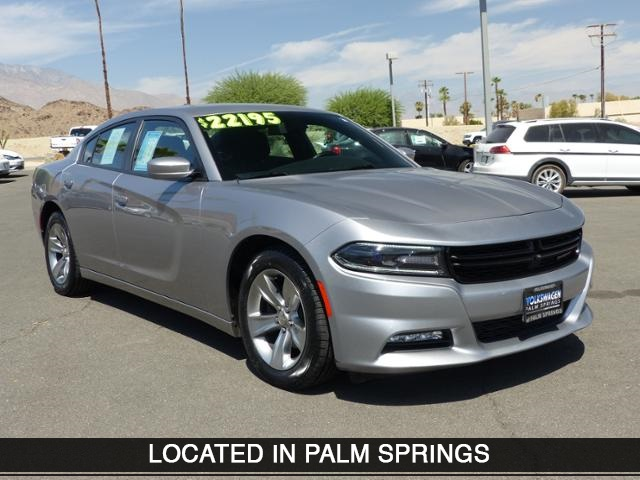 Pre Owned 2017 Dodge Charger Sxt 4d Sedan In Cathedral City 583583r
