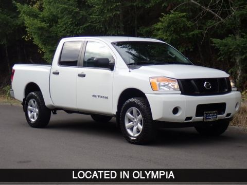 Pre-Owned 2014 Nissan Titan S