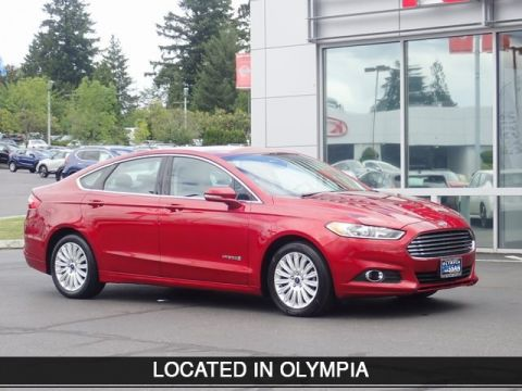 Pre-Owned 2015 Ford Fusion Hybrid SE